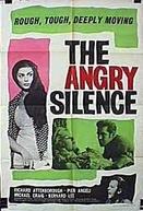 Momentos de Angústia (The Angry Silence)