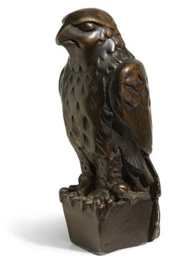 Estátua do filme 'O Falcão Maltês' é leiloada por US$ 3,5 milhões