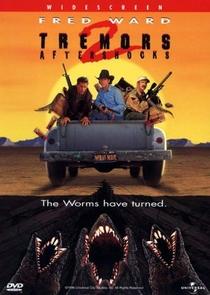 O Ataque dos Vermes Malditos 2 - Poster / Capa / Cartaz - Oficial 1