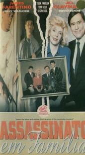 Assassinato em Família - Poster / Capa / Cartaz - Oficial 2