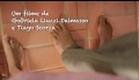 Trailer Com os Pês na Cabeça