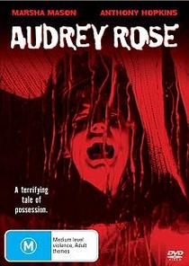 As Duas Vidas de Audrey Rose - Poster / Capa / Cartaz - Oficial 2