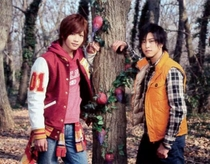 Express Sentai ToQGer VS Kamen Rider Gaim - Poster / Capa / Cartaz - Oficial 4
