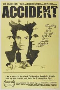 Estranho Acidente - Poster / Capa / Cartaz - Oficial 1