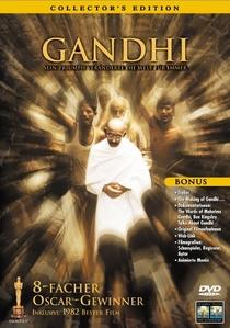 Gandhi - Poster / Capa / Cartaz - Oficial 10