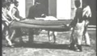 Jumping the Blanket (1895) - LOUIS LUMIERE - Le saut a la couverture