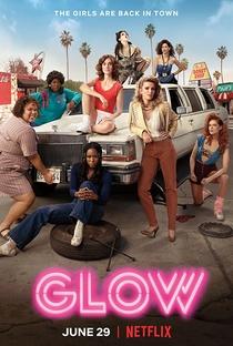 GLOW (2ª Temporada) - Poster / Capa / Cartaz - Oficial 1