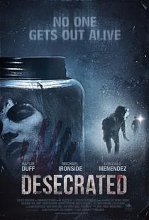 Desecrated - Poster / Capa / Cartaz - Oficial 1