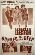 Espiando os Espiões (Dunked in the Deep)