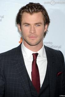 Chris Hemsworth - Poster / Capa / Cartaz - Oficial 8
