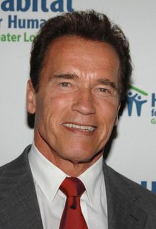 """Arnold Schwarzenegger está no elenco do filme de zombies """"Maggie"""""""