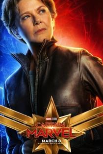 Capitã Marvel - Poster / Capa / Cartaz - Oficial 16
