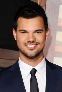 Taylor Lautner - Poster / Capa / Cartaz - Oficial 6