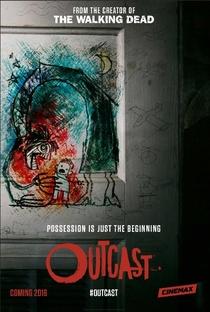 Outcast (1ª Temporada) - Poster / Capa / Cartaz - Oficial 1