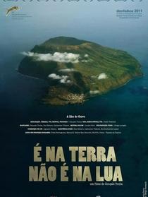 É na Terra não é na Lua - Poster / Capa / Cartaz - Oficial 1