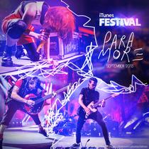 Paramore - Live on iTunes Festival 2013 - Poster / Capa / Cartaz - Oficial 1