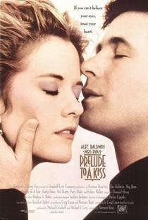 Por Trás Daquele Beijo - Poster / Capa / Cartaz - Oficial 1