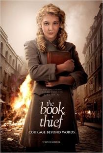 A Menina que Roubava Livros - Poster / Capa / Cartaz - Oficial 2