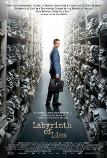 Labirinto de Mentiras - Poster / Capa / Cartaz - Oficial 1