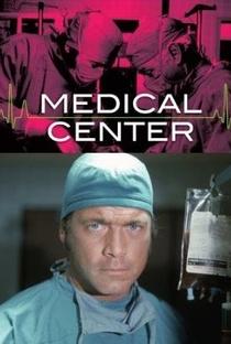 Medical Center  - Poster / Capa / Cartaz - Oficial 1