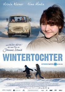 A Filha do Inverno - Poster / Capa / Cartaz - Oficial 1