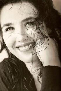 Isabelle Adjani - Poster / Capa / Cartaz - Oficial 1