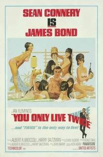 Com 007 Só Se Vive Duas Vezes - Poster / Capa / Cartaz - Oficial 1
