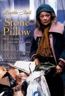 Travesseiro de Pedra - Poster / Capa / Cartaz - Oficial 1