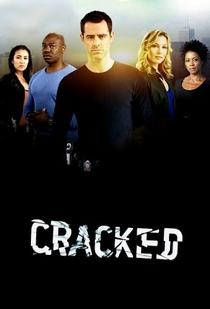 Cracked (1ª Temporada) - Poster / Capa / Cartaz - Oficial 2