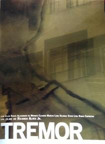 Tremor - Poster / Capa / Cartaz - Oficial 1
