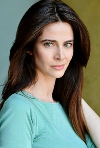 Andrea Moore (III)