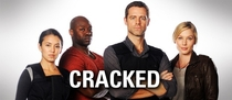 Cracked (1ª Temporada) - Poster / Capa / Cartaz - Oficial 1
