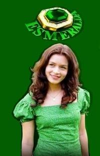 Esmeralda - Poster / Capa / Cartaz - Oficial 2