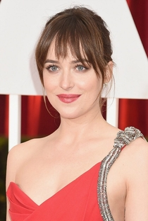 Dakota Johnson - Poster / Capa / Cartaz - Oficial 5
