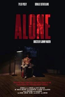 Alone - Poster / Capa / Cartaz - Oficial 1