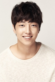 Lee Yoo-Jin