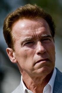 Arnold Schwarzenegger - Poster / Capa / Cartaz - Oficial 19