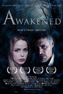 Awakened - Poster / Capa / Cartaz - Oficial 1