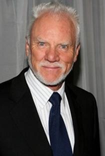 Malcolm McDowell - Poster / Capa / Cartaz - Oficial 2