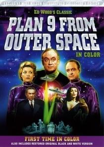 Plano 9 do Espaço Sideral - Poster / Capa / Cartaz - Oficial 12