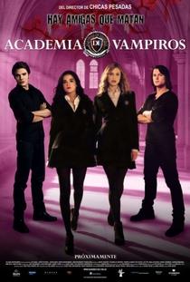 Academia de Vampiros: O Beijo das Sombras - Poster / Capa / Cartaz - Oficial 21