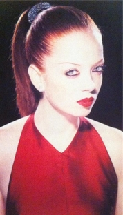 "Garbage - ""The World Is Not Enough"" - Poster / Capa / Cartaz - Oficial 1"