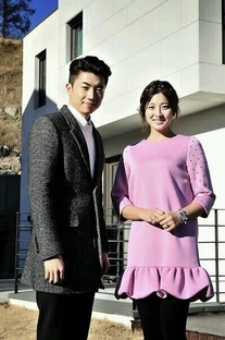 We Got Married: 2PM Jang Wooyoung and Park Se Young - Poster / Capa / Cartaz - Oficial 4