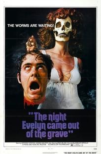 A Noite em Que Evelyn Saiu do Túmulo - Poster / Capa / Cartaz - Oficial 1
