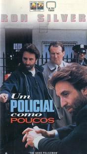 Um Policial Como Poucos - Poster / Capa / Cartaz - Oficial 1