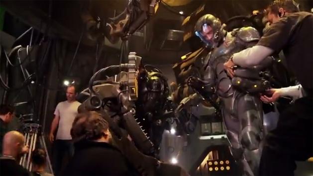 Bastidores das gravações com os Robôs Gigantes de Pacific Rim
