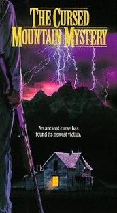 Assassinato na Montanha - Poster / Capa / Cartaz - Oficial 1