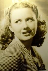 Ann Gillis (I)