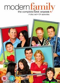 Família Moderna (1ª Temporada) - Poster / Capa / Cartaz - Oficial 3