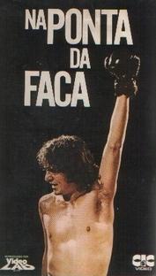 Na Ponta da Faca - Poster / Capa / Cartaz - Oficial 1